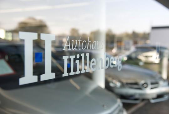 Ausstellung_10_Autohaus_Hillenberg_Mercedes-Benz_Bergisch_Gladbach