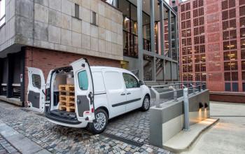 Autohaus_Hillenberg_Mercedes-Benz_Bergisch_Gladbach_NFZ_4