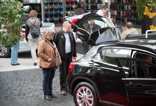 Neuwagenvorstellung_Autohaus_Hillenberg_Mercedes-Benz_Bergisch_Gladbach_16