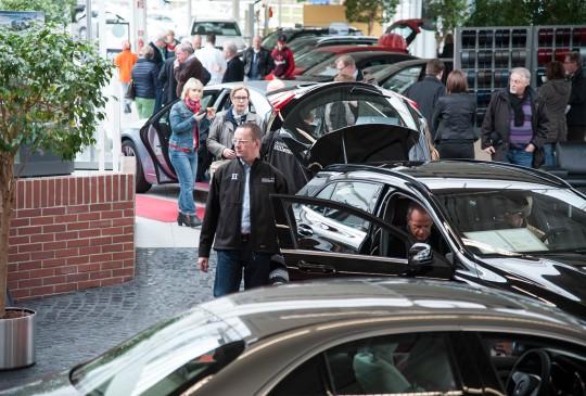 Neuwagenvorstellung_Autohaus_Hillenberg_Mercedes-Benz_Bergisch_Gladbach_18